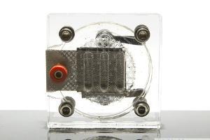 Eine Brennstoffzelle im Modell